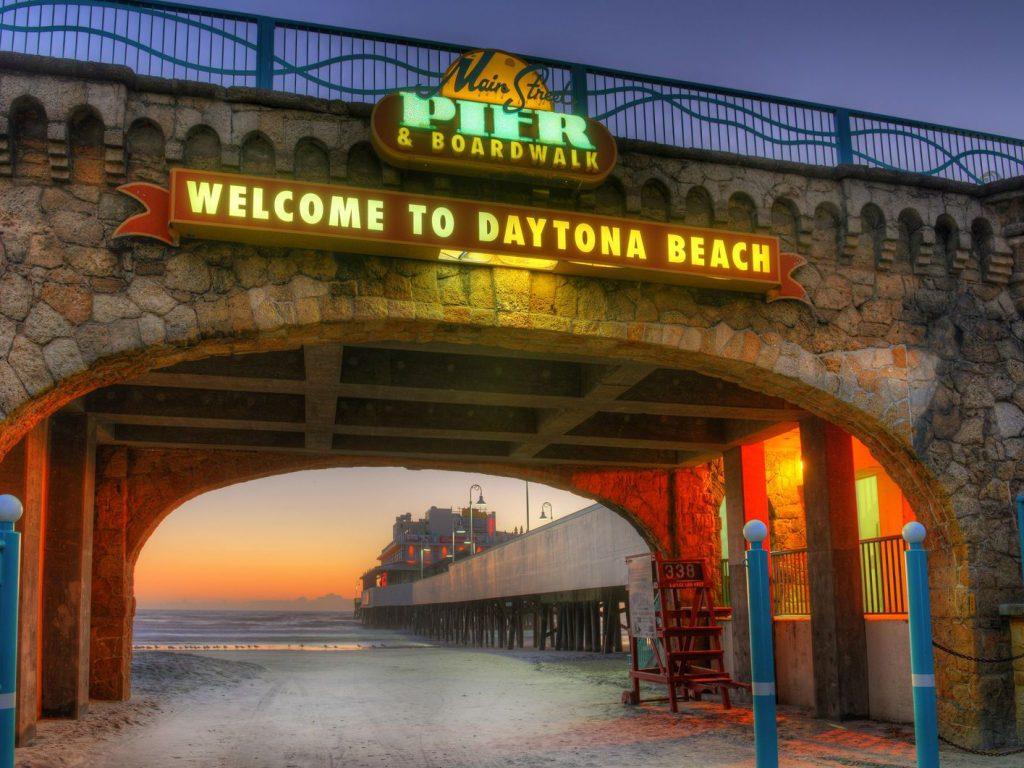 DaytonaBeachWelcom-56e440d85f9b5854a9f900c1-9c6f26ee8cdc4510ba2fc0ce5b69c3f6